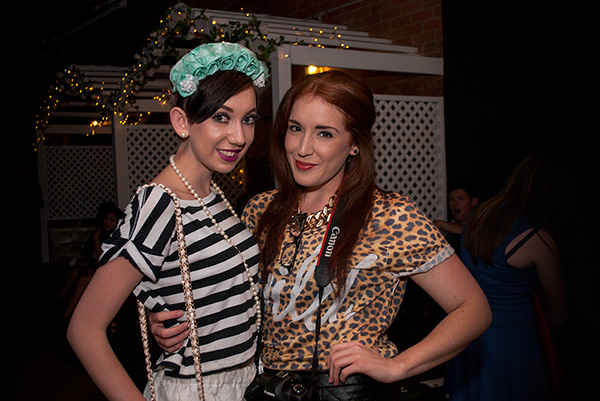 Fashion Sweethart blogger Claire and photographer Elise Walsh