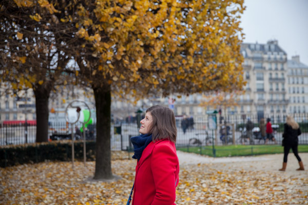 yolanda in paris in autumn